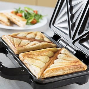 How To Use A Sandwich Toaster?