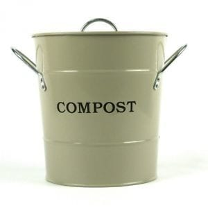 How To Use A Kitchen Compost Bin?