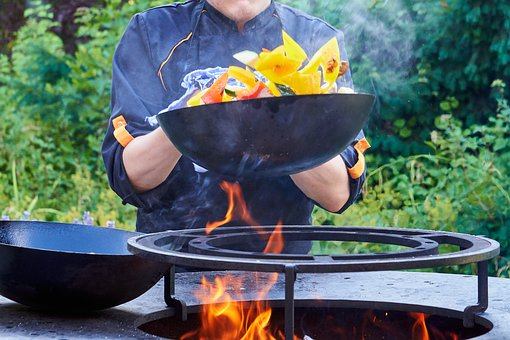 3 Ways To Use A Wok On Your Induction Hob
