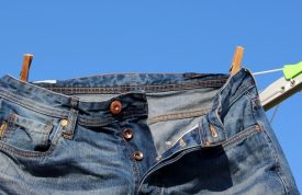 6 Reasons Clothes Look Dirty After Washing