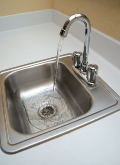 Cold water in sink